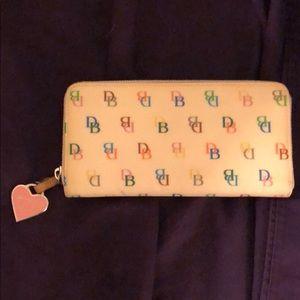 Handbags - Dooney and Bourne long wallet
